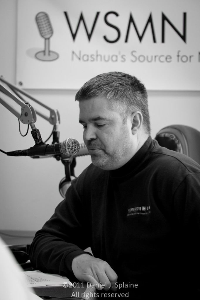 Kevin Willett on the FRIENDS of KEVIN RADIO SHOW interviewing photographer Dan Splaine of Test of Time Photography in Nashua, NH  ©2011 Daniel J. Splaine